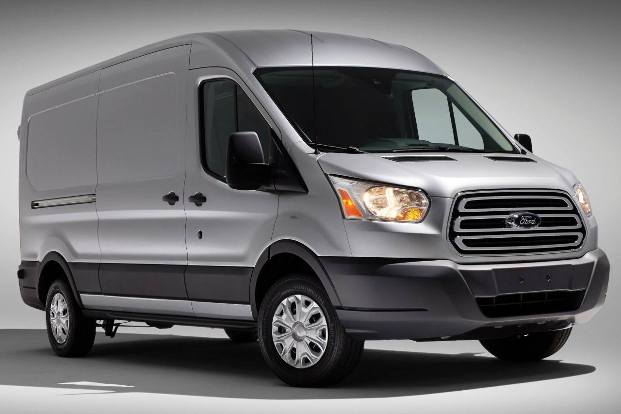 Ford Transit : a success from 1965   B CAR AUTO PARTS